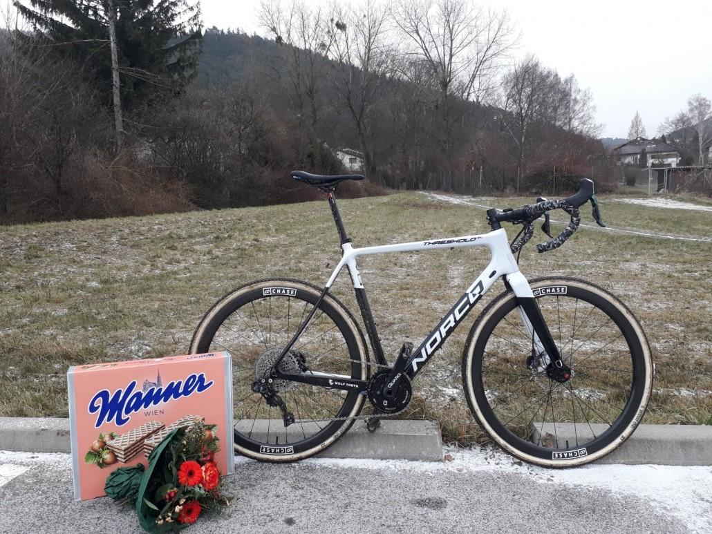 Afterrace Bikecheck ©chase.cx